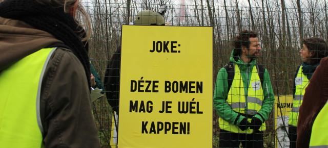 Send a license to cut to Joke!Stuur ook een kapmachtiging aan Joke!Envoyez aussi un permis d'abbatage à Joke!